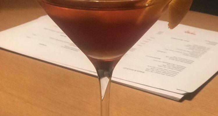 Stilvoller Abend mit Gin…